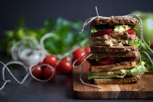 Veganes Tofu Sandwich