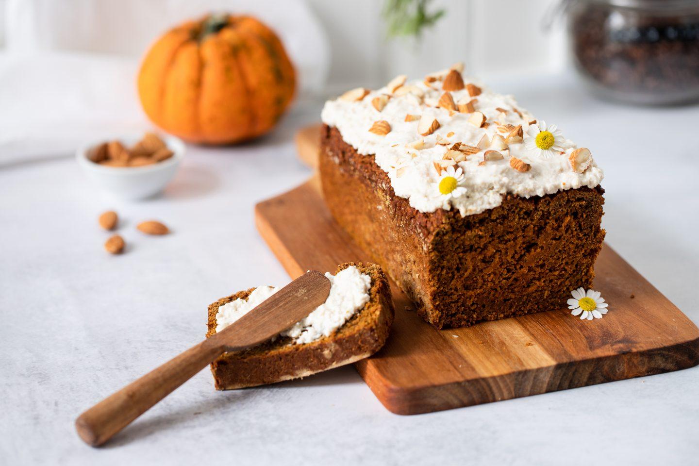 Pumpkin Cake mit Cashew Frosting